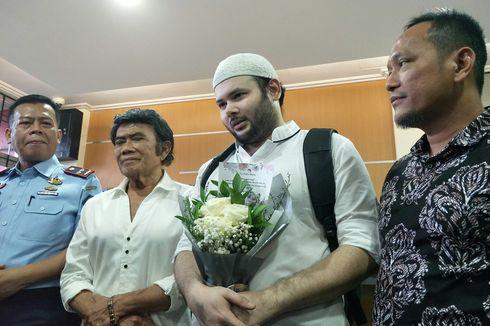 5 Momen Mengharukan Ridho Rhoma Bebas dari Rutan Salemba