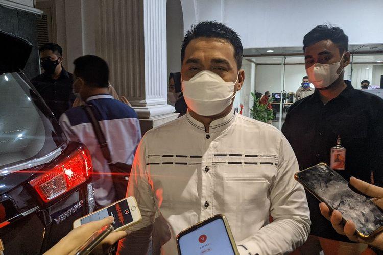 Wakil Gubernur DKI Jakarta Ahmad Riza Patria di Balai Kota DKI Jakarta, Jumat (9/4/2021)