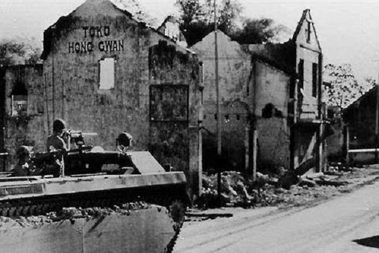 Kondisi salah satu sudut di Kota Surabaya ketika pertempuran 10 November 1945.