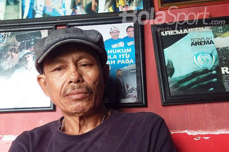 Penabuh bass drum Aremania, Sukarno.
