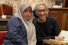 Unggah Pesan Manis, Melly Goeslaw dan Anto Hoed Rayakan 25 Tahun Pernikahan