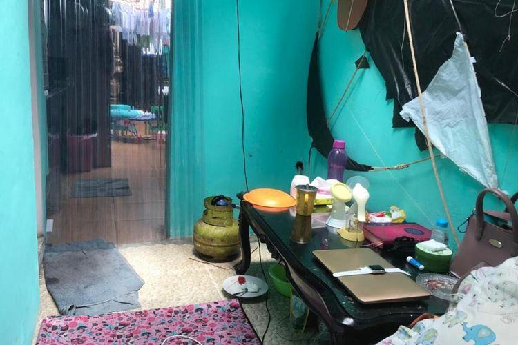 Ruang atau kamar di rumah Fany Rachmawati, pasien positif Covid-19 asal Kelurahan Kemirirejo, Kota Magelang, yang digunakan untuk isolasi mandiri, Selasa (21/12/2020).