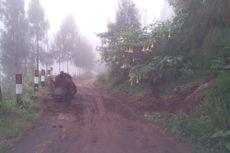 Hujan Deras di Pasuruan, Banjir dan Longsor Melanda Akses Menuju Bromo