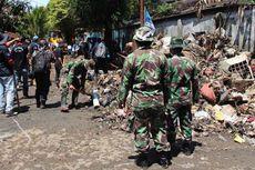 3.000 Relawan Bersihkan Manado bersama Tentara