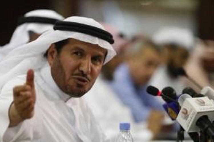 Menteri Kesehatan Arab Saudi yang dipecat, Abdullah al-Rabeeah, saat memberikan keterangan pers mengenai kasus MERS di Riyadh, Saudi (20/4).