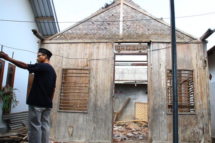 Lombok Utara, Kompas.Com inilah rumah Zohri sang juara dunia lari 100 meter. rumah ini dalam proses renovasi dan rencananya akan menjadi mini Musium sebagai motivasi bagi masyarakat yang ingin belajar tentang kegigihan.