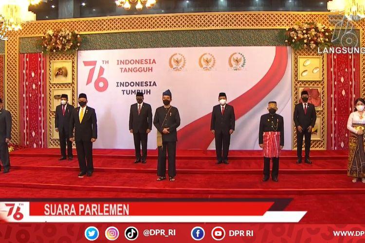 Tangkapan layar YouTube DPR RI: Presiden Joko Widodo menghadiri sidang tahunan MPR RI Tahun 2021, Senin (16/8/2021).
