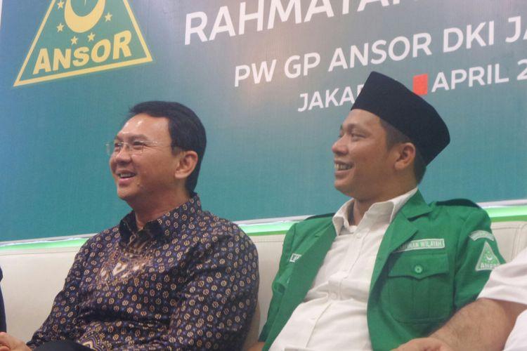 Calon gubernur DKI Jakarta Basuki Tjahaja Purnama dan Ketua GP Ansor DKI Abdul Azis.