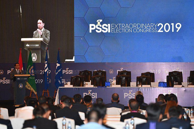 Menpora Zainudin Amali memberikan pengarahan dalam pembukaan Kongres Luar Biasa (KLB) PSSI di Jakarta, Sabtu (2/11/2019). Agenda KLB PSSI tersebut adalah pemilihan Ketua Umum dan Wakil Ketua Umum PSSI serta pemilihan Anggota Komite Eksekutif PSSI periode 2019-2023.