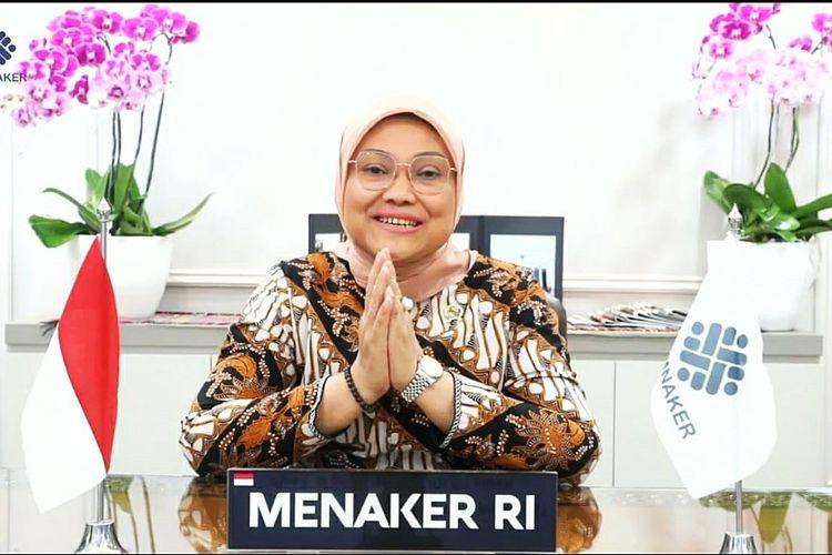 Menteri Ketenagakerjaan (Menaker) Ida Fauziyah saat memberikan sambutan dalam Webinar Emergency and Response in COVID-19 Pandemic Setting di Jakarta, Sabtu (31/7/2021).
