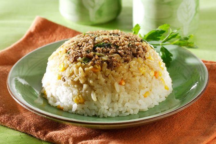 Ilustrasi nasi tim jagung daging.