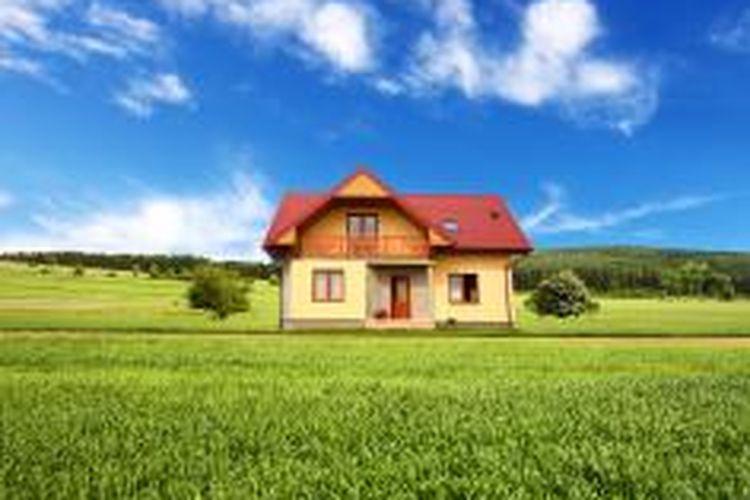 Menurut UUPA, kepemilikan tanah harus dikuasai oleh suatu hak atas tanah berdasarkan sertifikat, maka dengan demikian surat girik tidak dapat dipersamakan dengan sertifikat hak atas tanah. Kedudukan sertifikat hak atas tanah lebih tinggi dibandingkan surat girik atau SKT.