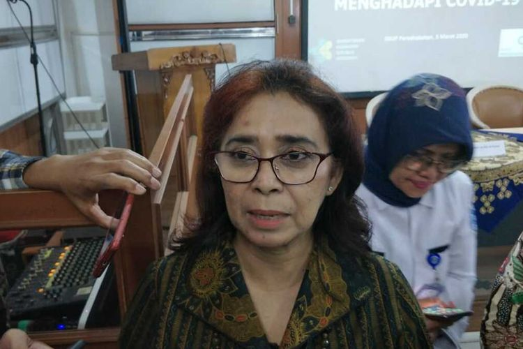 Direktur Utama RSUP Persahabatan Rita Rogayah kepada awak media di RSUP Persahabatan, Jakarta Timur, Kamis (5/3/2020).