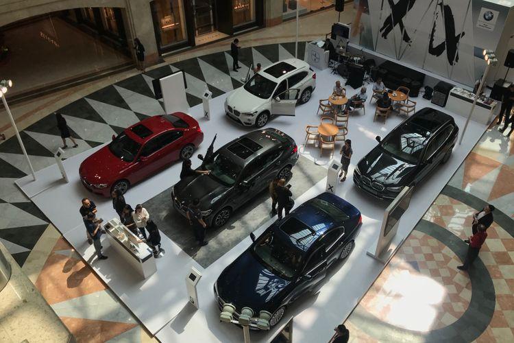 Pameran BMW di Plaza Senayan