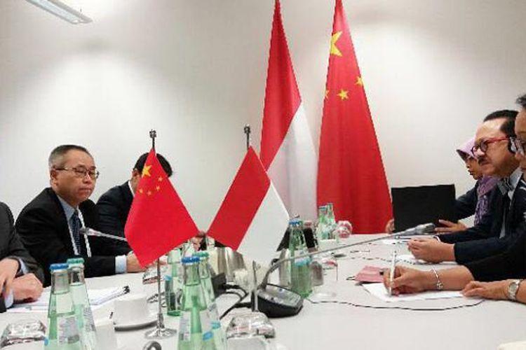 Menteri Luar Negeri Indonesia Retno Marsudi menggelar pertemuan dengan Menlu China Wang Yi, di sela-sela berlangsungnya forum Menlu G20 di Bonn, Jerman, Jumat (17/2/2017).
