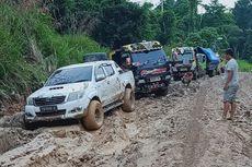Kisah Gubernur Terjebak 9 Jam di Jalur Rusak Jalan Trans Papua Barat