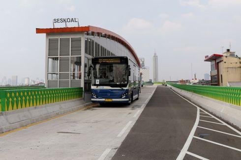 Ikut Uji Coba Bus Transjakarta Koridor 13, Penumpang Mengaku Puas
