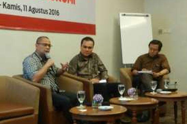 Pengamat perpajakan dari Danny Darussalam Tax Center (DDTC) Darussalam dalam sebuah diskusi bertajuk 'Tax Amnesty & Upaya Mendorong Pertumbuhan Ekonomi', di Jakarta, Kamis (11/8/2016).