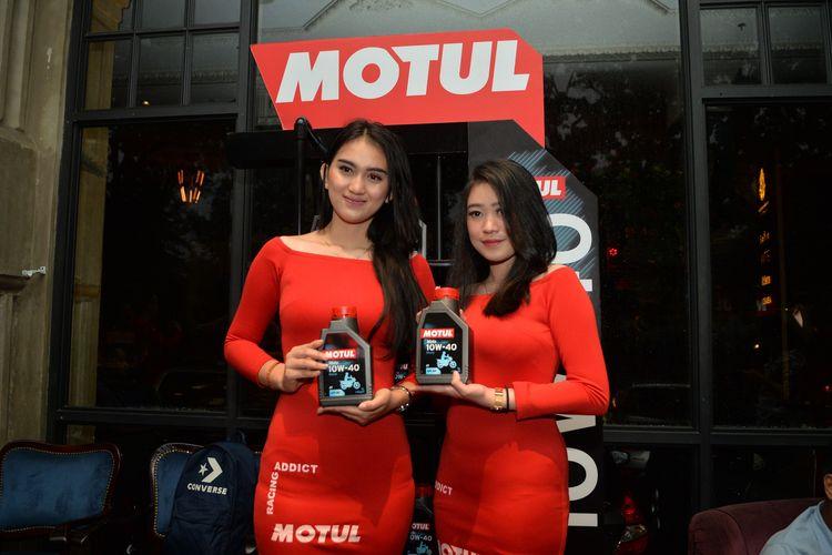 Pelumas Motol Moto untuk Motor 4 tak