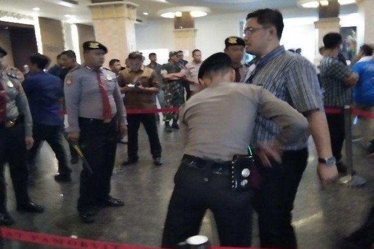 Pengamanan Kongres ke V PAN di Hotel Claro Kota Kendari Provinsi Sulawesi Tenggara, Selasa (11/2/20).