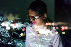 Merasa Salah Jurusan, Ini Kiat Lulusan Ekonomi Lintas Karier Bidang IT