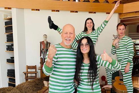 Potret Bahagia Demi Moore dan Bruce Willis yang Pilih Isolasi Bersama