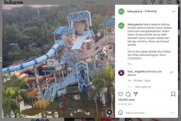 Kondisi wahana air Atlantis di dalam area Ancol yang terlihat keruh tak terawat karena sudah satu tahun lebih  ditutup sejak pandemi Covid-19. Video ini viral di media sosial