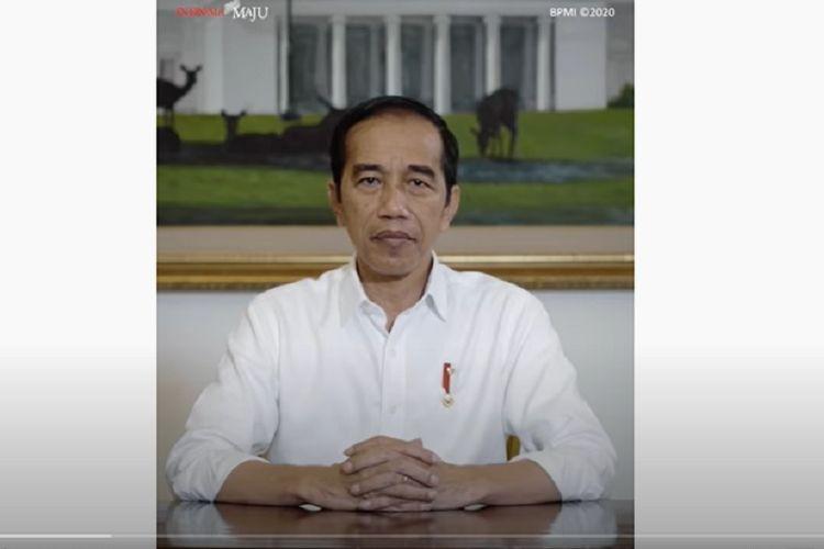 Presiden Joko Widodo saat memberi imbauan kepada masyarakat agar disiplin mengikuti protokol kesehatan untuk mencegah penyebaran virus SARS-CoV-2. Kedisiplinan merupakan kunci mengatasi pandemi virus corona. Presiden mengemukakan itu dalam video yang diunggah Sekretariat Presdien ke akun Youtube, Sabtu (18/4/2020).