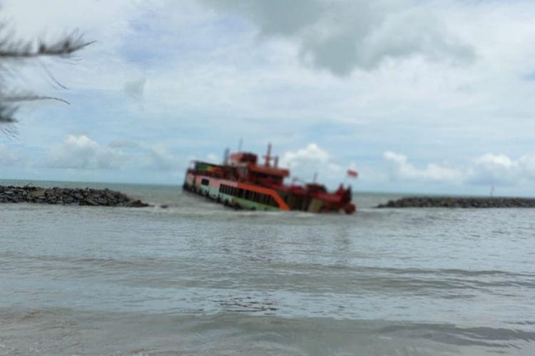 KIP Timah yang karam di Pantai Matras Bangka dievakuasi sesuai standar lingkungan.
