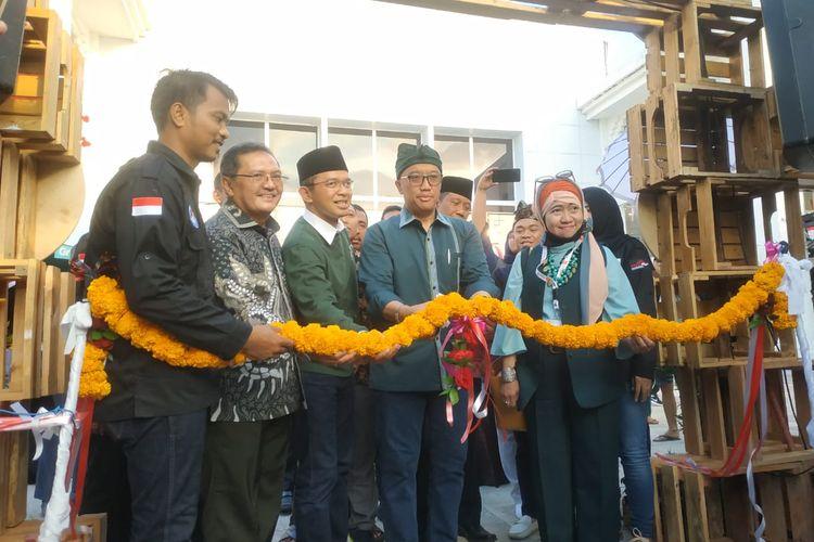 Menpora Imam Nachrowi membuka Expo Santri Preneur 2019 di Bali