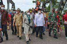 Kunjungi Korban Banjir di Halmahera Utara, Menteri Risma Pastikan Warga Terima Bantuan