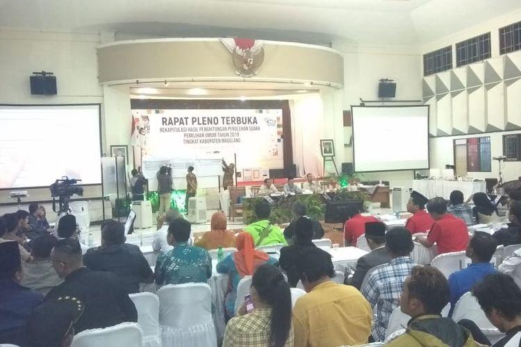 Komisi Pemilihan Umum (KPU) telah menyelesaikan rapat plebo terbuka rekapitulasi hasil perhitungan suara Pemilu 2019 tingkat Kabupaten Magelang untuk Pemilihan Presiden (Pilpres), di Gor Gemilang Magelang, Senin (6/5/2019).