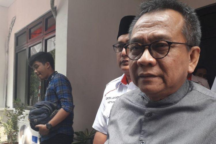 Politikus Partai Gerindra Mohamad Taufik memberikan pernyataan kepada wartawan di Kantor Bawaslu DKI Jakarta, Sunter, Kamis (16/8/2018).