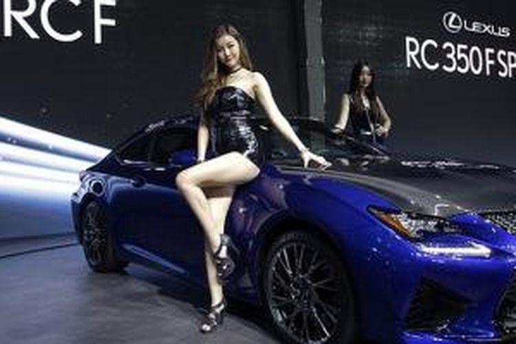 Car Show 2015 >> Gadis Seksi Penghias Seoul Motor Show 2015