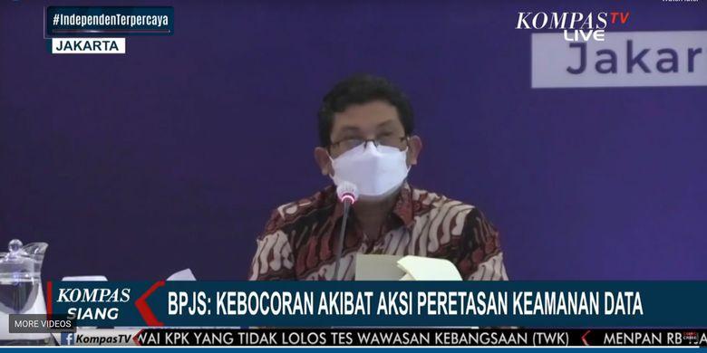 Direktur Utama BPJS Kesehatan Ali Ghufron dalam konferensi pers soal kebocoran data ratusan juta warga RI yang diduga berasal dari BPJS Kesehatan, Selasa (25/5/2021).
