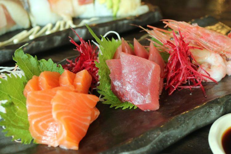 Sashimi di restoran Taigi, SCBD, Sudirman, Jakarta.