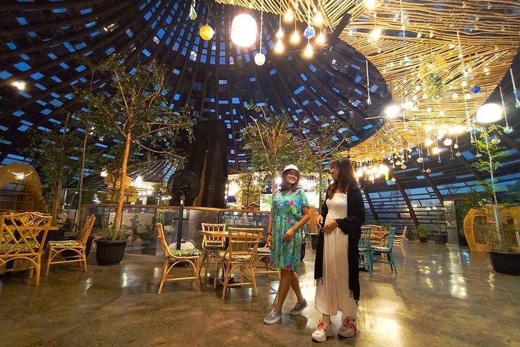 Tempat wisata bernama Dusun Semilir Eco Park di Semarang.