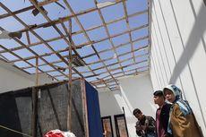 Atap Bangunan Sekolah di Bandung Barat Terbang Tertiup Angin Kencang