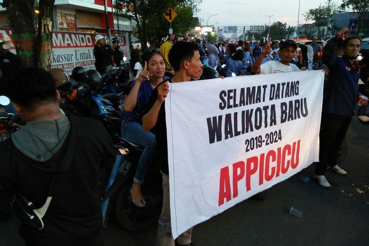 Tim pemenangan calon tunggal Appi-Cicu mengklaim menang dari kotak kosong di Pilkada Makassar dan melakukan konvoi kemenangan, Kamis (28/6/2018).