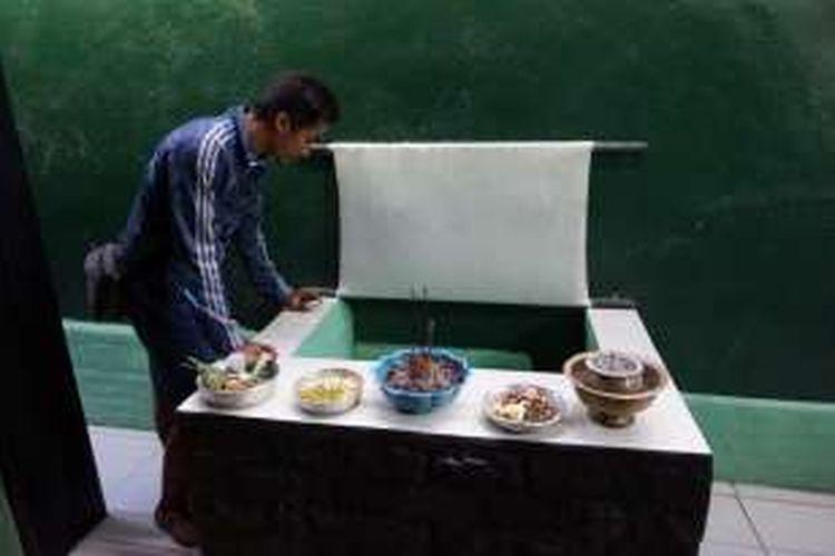Sumur Sritanjung Banyuwangi dipercaya sering mengeluarkan aroma wangi.