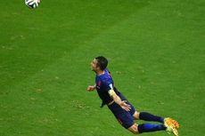Penalti Alonso Dibalas Sundulan Indah Van Persie