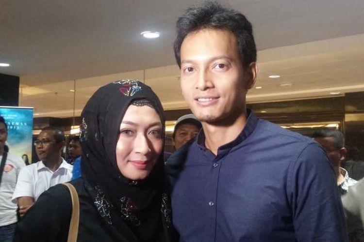 Fedi Nuril dan istri di kantor MD Entertainment, Jakarta Selatan, Kamis (7/4/2016) malam.