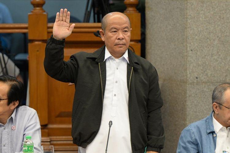 Arturo Lascanas, pensiunan polisi yang bersaksi di Senat terkait keterlibatan Presiden Rodrigo Duterte dalam ratusan pembunuhan di masa lalu.