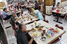 Restoran yang Paling Diminati Orang Indonesia adalah...