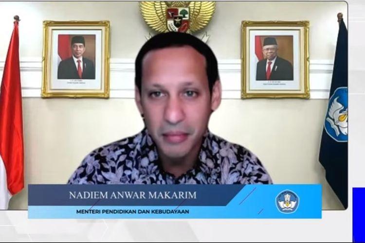 Mendikbud Nadiem Makarim dalam acara serah terima soal seleksi CPNS dan PPPK 2021.