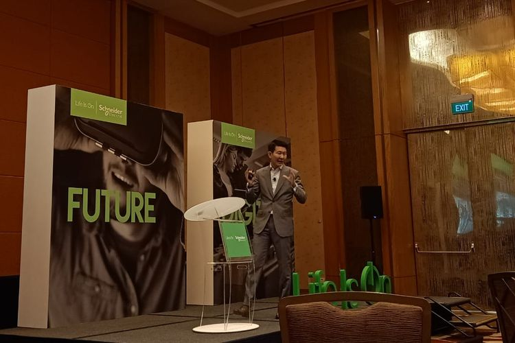 Head Digital Services and Software - Secure Power Schneider Electric, Chi Sen Gay dalam acara Life at the Edge di Sands Expo & Convention Center, Singapura, Kamis (19/9/2019).