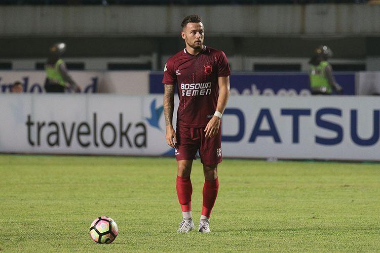 Marc Anthony Klok, ketika masih memperkuat PSM Makassar di Liga 1 2017.