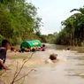 Respons Pemkab Gresik Usai Video Keranda Jenazah Dihanyutkan Menyeberangi Sungai Viral