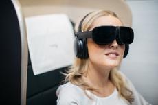 Maskapai Ini Tawarkan VR sebagai Hiburan di Pesawat