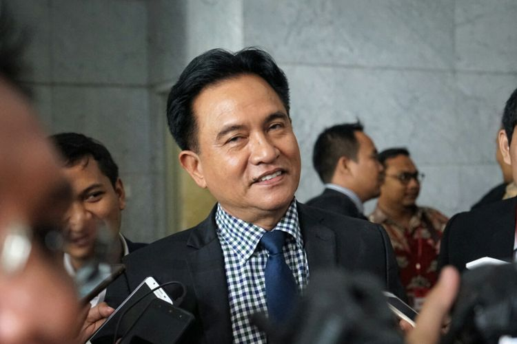 Pakar Hukum Tata Negara Yusril Ihza Mahendra saat ditemui di gedung MK, Jakarta Pusat, Selasa (24/10/2017).